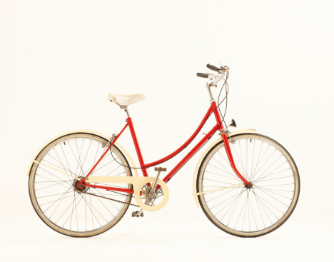 Bicycle「Red vintage bike against white background.」:スマホ壁紙(8)
