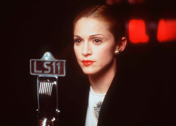 Singer「Madonna In The Movie Evita January 17 1997」:写真・画像(0)[壁紙.com]