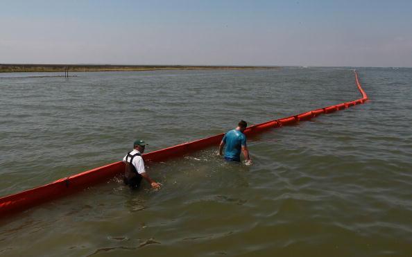 The Nature Conservancy「Massive Oil Slick Reaches Louisiana Gulf Coast」:写真・画像(5)[壁紙.com]