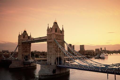 London Bridge - England「London's Tower Bridge」:スマホ壁紙(16)