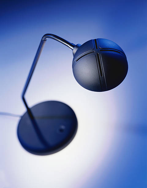 Desk Lamp:スマホ壁紙(壁紙.com)