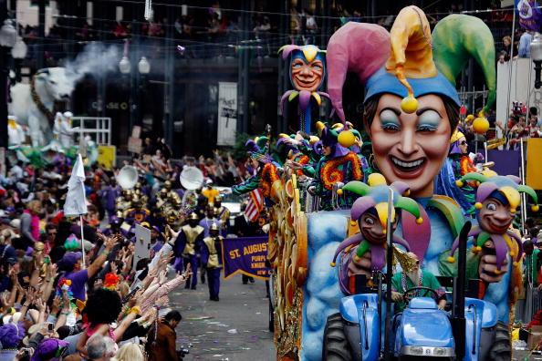 Parade「New Orleans Celebrates Mardi Gras」:写真・画像(12)[壁紙.com]
