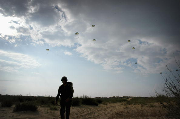 Air Force「Israeli Air Force Marks Allied Victory Over Nazi Germany 60 Years Ago」:写真・画像(17)[壁紙.com]