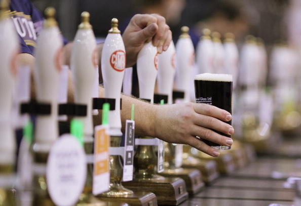 Pint Glass「CAMRA Great British Beer Festival Opens」:写真・画像(16)[壁紙.com]