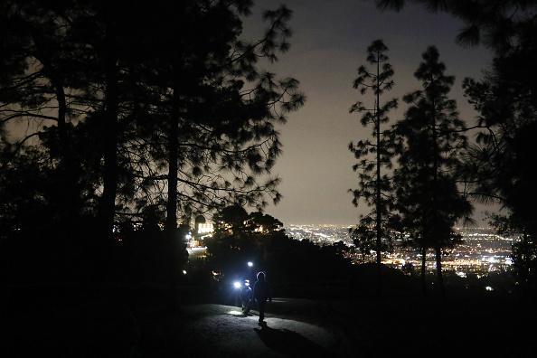 Hiking「President Trump's EPA Threatens To Take Away California's Ability To Set Emissions Standards」:写真・画像(19)[壁紙.com]
