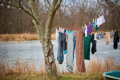 Pennsylvania「Laundry drying outdoors」:スマホ壁紙(2)
