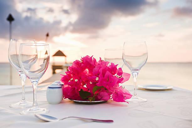 Dinner at the Beach Polynesia Sunset Luxury Holiday Resort:スマホ壁紙(壁紙.com)