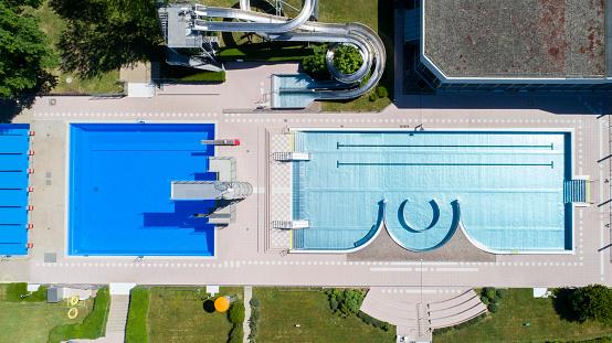 Diving Platform「Open-air swimming pool, aerial view」:スマホ壁紙(3)