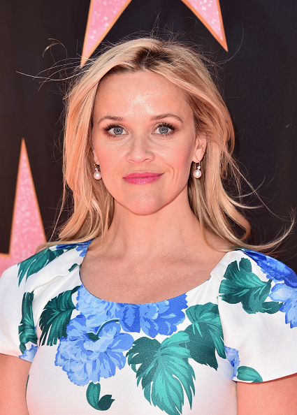 Reese Witherspoon「Eva Longoria's Hollywood Star Ceremony Post-Luncheon」:写真・画像(15)[壁紙.com]