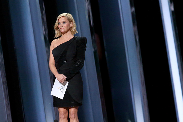 Reese Witherspoon「The 53rd Annual CMA Awards - Show」:写真・画像(8)[壁紙.com]