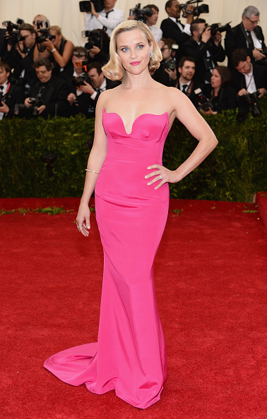 "Reese Witherspoon「""Charles James: Beyond Fashion"" Costume Institute Gala - Arrivals」:写真・画像(14)[壁紙.com]"