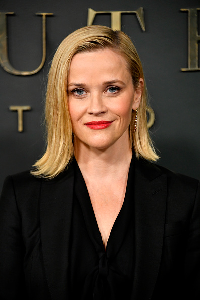 "Reese Witherspoon「Premiere Of Apple TV+'s ""Truth Be Told"" - Arrivals」:写真・画像(1)[壁紙.com]"