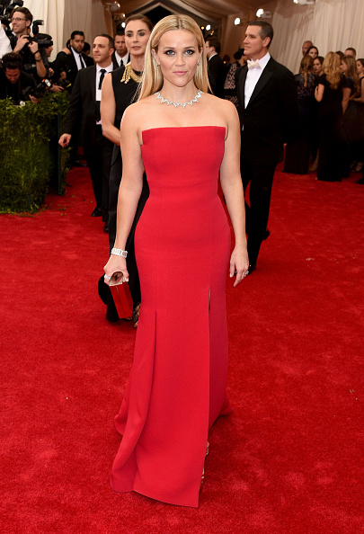 "Red Dress「""China: Through The Looking Glass"" Costume Institute Benefit Gala - Arrivals」:写真・画像(6)[壁紙.com]"