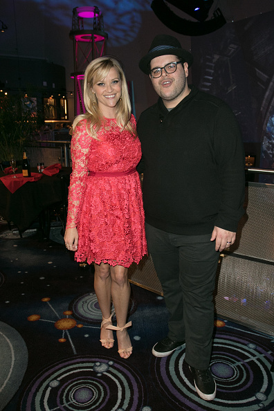 Mickey Mouse「Reese Witherspoon And Mickey Mouse Officially Open Planet Hollywood Disney Springs」:写真・画像(7)[壁紙.com]