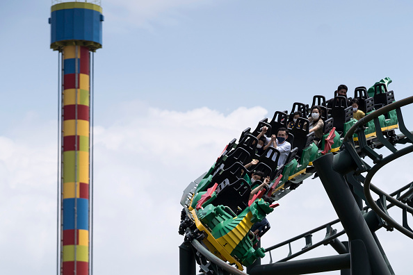 Rollercoaster「Legoland Reopens As Japan Slowly Recovers From Coronavirus Outbreak」:写真・画像(12)[壁紙.com]