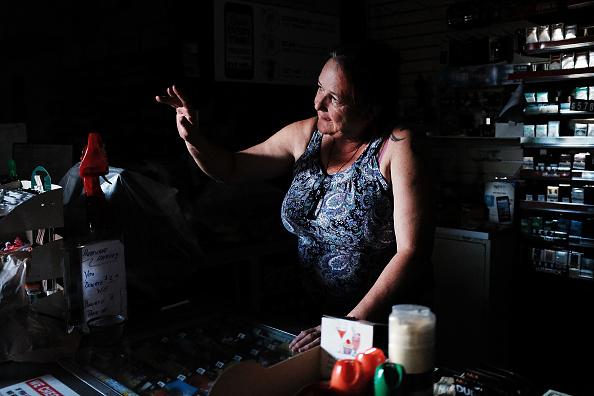 Naples - Florida「Powerful Hurricane Irma Slams Into Florida」:写真・画像(11)[壁紙.com]