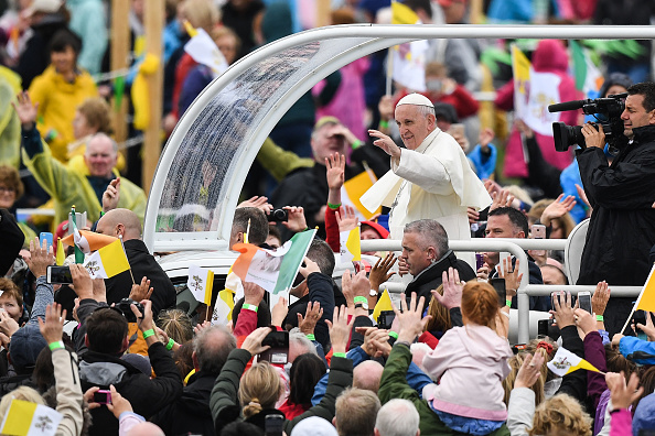 Religious Mass「Pope Francis Holds The Closing Mass Of His Ireland Visit」:写真・画像(14)[壁紙.com]