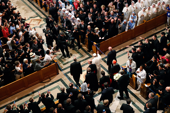Place of Worship「Pope Francis Celebrates Mass Of Canonization For Junipero Serra」:写真・画像(18)[壁紙.com]