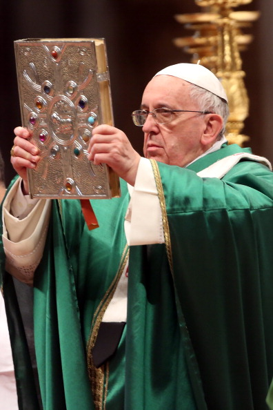 Religious Mass「Pope Francis Attends A Mass With Newly Appointed Cardinals At St Peter's Basilica」:写真・画像(0)[壁紙.com]