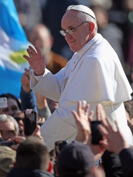 Christopher Furlong「The Inauguration Mass For Pope Francis」:写真・画像(5)[壁紙.com]