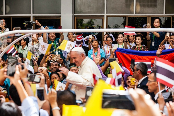 Visit「Pope Francis Visits Thailand」:写真・画像(17)[壁紙.com]