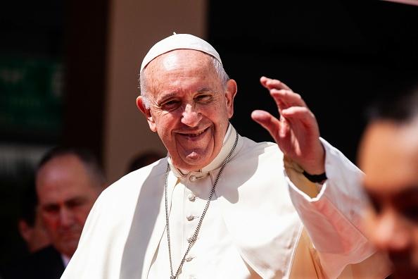 Smiling「Pope Francis Visits Thailand」:写真・画像(15)[壁紙.com]