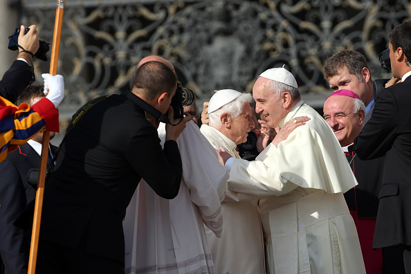 Franco Origlia「Pope Francis Holds A Mass For Grandparents And The Elderly」:写真・画像(3)[壁紙.com]