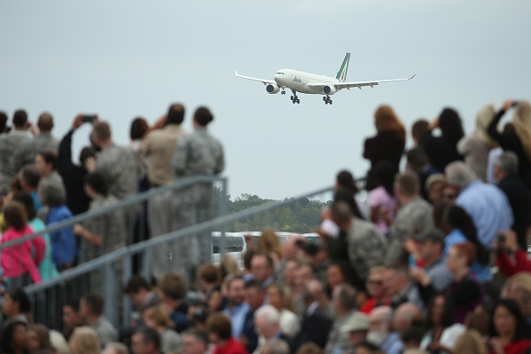 Joint Base Andrews「Pope Francis Arrives From Cuba For Visit To D.C., New York, And Philadelphia」:写真・画像(18)[壁紙.com]