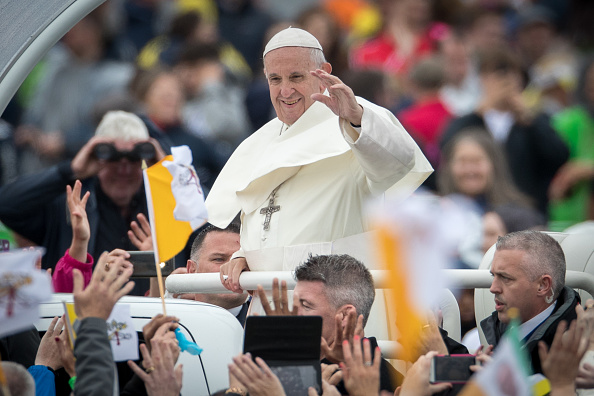 Religion「Pope Francis Holds The Closing Mass Of His Ireland Visit」:写真・画像(9)[壁紙.com]