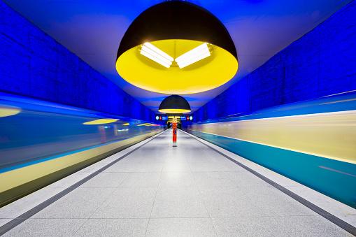 Passenger Train「Westfriedhof subway station in Munich, Germany」:スマホ壁紙(8)