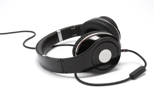 Headphone「Audio headphones and cord」:スマホ壁紙(8)