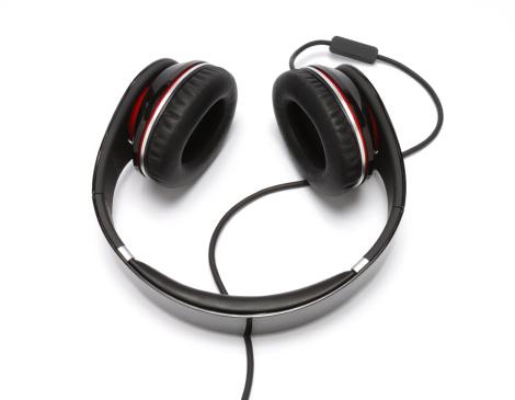 Headphone「Audio headphones and cord」:スマホ壁紙(3)