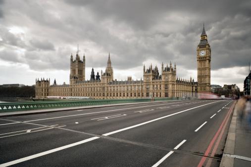 Road Marking「UK, London, Houses of Parliament, Westminster Bridge」:スマホ壁紙(19)
