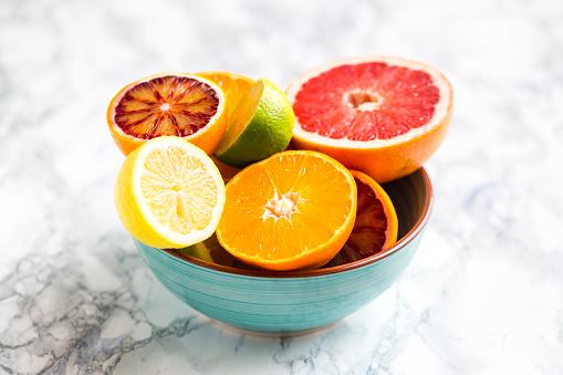 Orange - Fruit「Bowl of sliced citrus fruits」:スマホ壁紙(17)