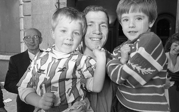 到着「Michael Carruth and his Nephews 1989」:写真・画像(19)[壁紙.com]