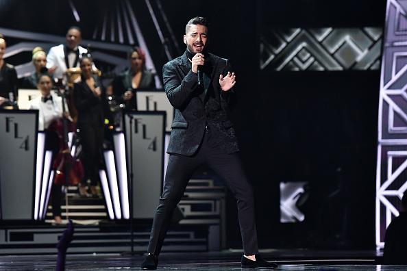 Topix「The 18th Annual Latin Grammy Awards - Roaming Show」:写真・画像(12)[壁紙.com]