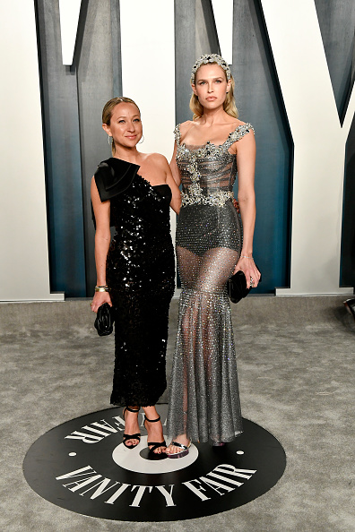 Silver Shoe「2020 Vanity Fair Oscar Party Hosted By Radhika Jones - Arrivals」:写真・画像(18)[壁紙.com]