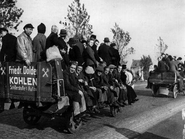 Civilian「Germans On Wagon」:写真・画像(2)[壁紙.com]
