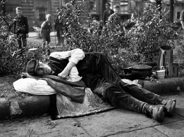 Fred Ramage「Sleeping Rough」:写真・画像(4)[壁紙.com]