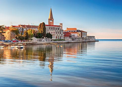 アドリア海「旧市街の Porec ,クロアチア」:スマホ壁紙(2)