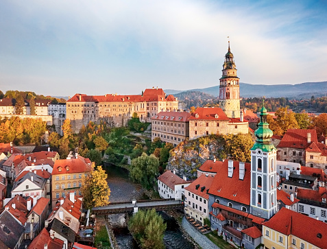 Czech Republic「View of old town Cesky Krumlov」:スマホ壁紙(19)