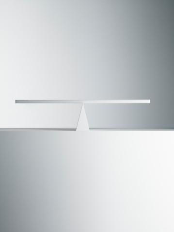 対称「平衡シーソー」:スマホ壁紙(4)