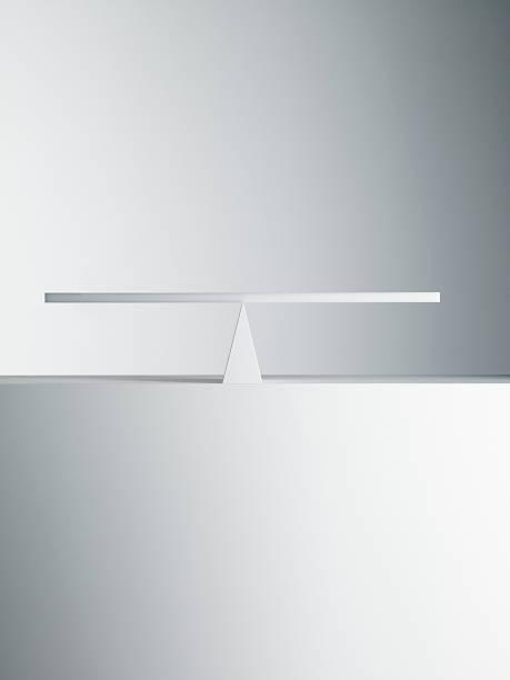 Balanced seesaw:スマホ壁紙(壁紙.com)