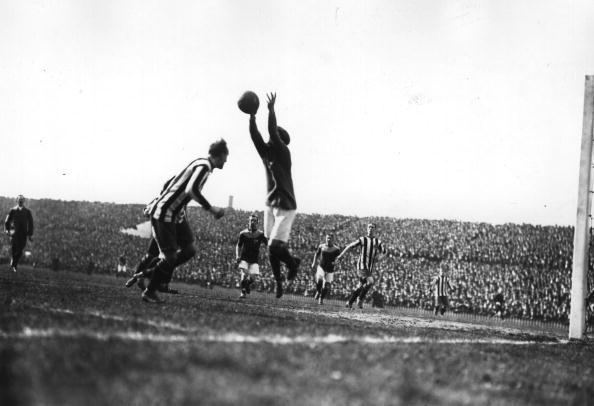 1910-1919「Cup Final Action」:写真・画像(17)[壁紙.com]