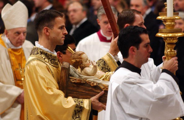 Church「The Pope Celebrates Midnight Mass On Christmas Eve」:写真・画像(6)[壁紙.com]