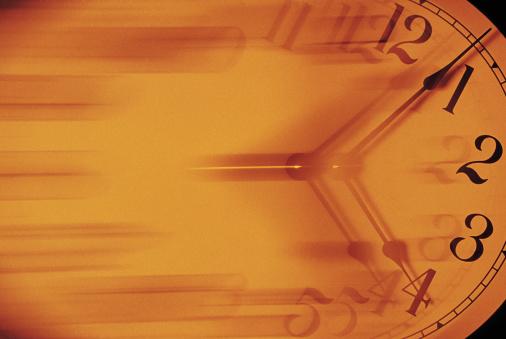 1990-1999「Clock in motion」:スマホ壁紙(19)