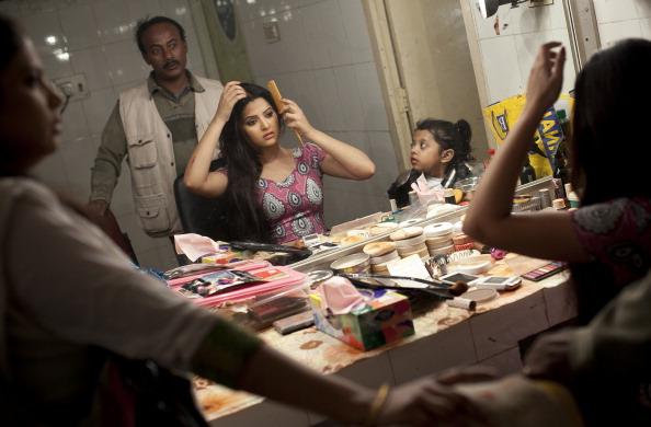 Bangladesh「Bangladesh's 'Dhallywood' Film Industry Soars In Popularity」:写真・画像(0)[壁紙.com]