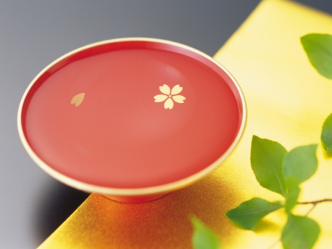 Sake「A cup of rice wine, Close Up, High Angle View」:スマホ壁紙(3)