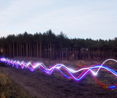 Light Trail「Red, blue and white light trails on heath.」:スマホ壁紙(9)