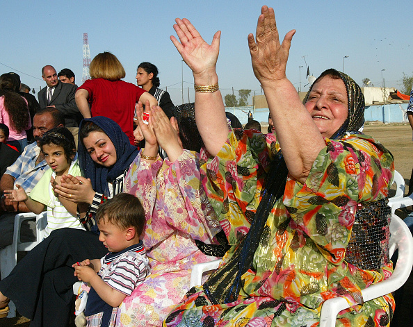Seat「Iraqi Kurds Celebrate Inauguration Of Iraq's New Kurdish President」:写真・画像(16)[壁紙.com]